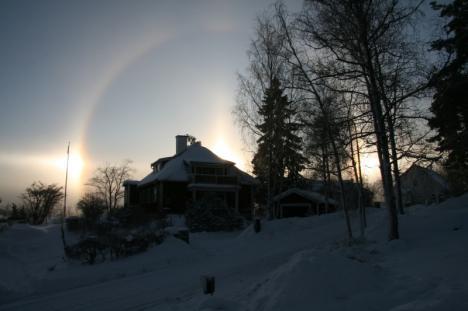 Väderfenomenet: Halo (bild tagen i Huddinge)